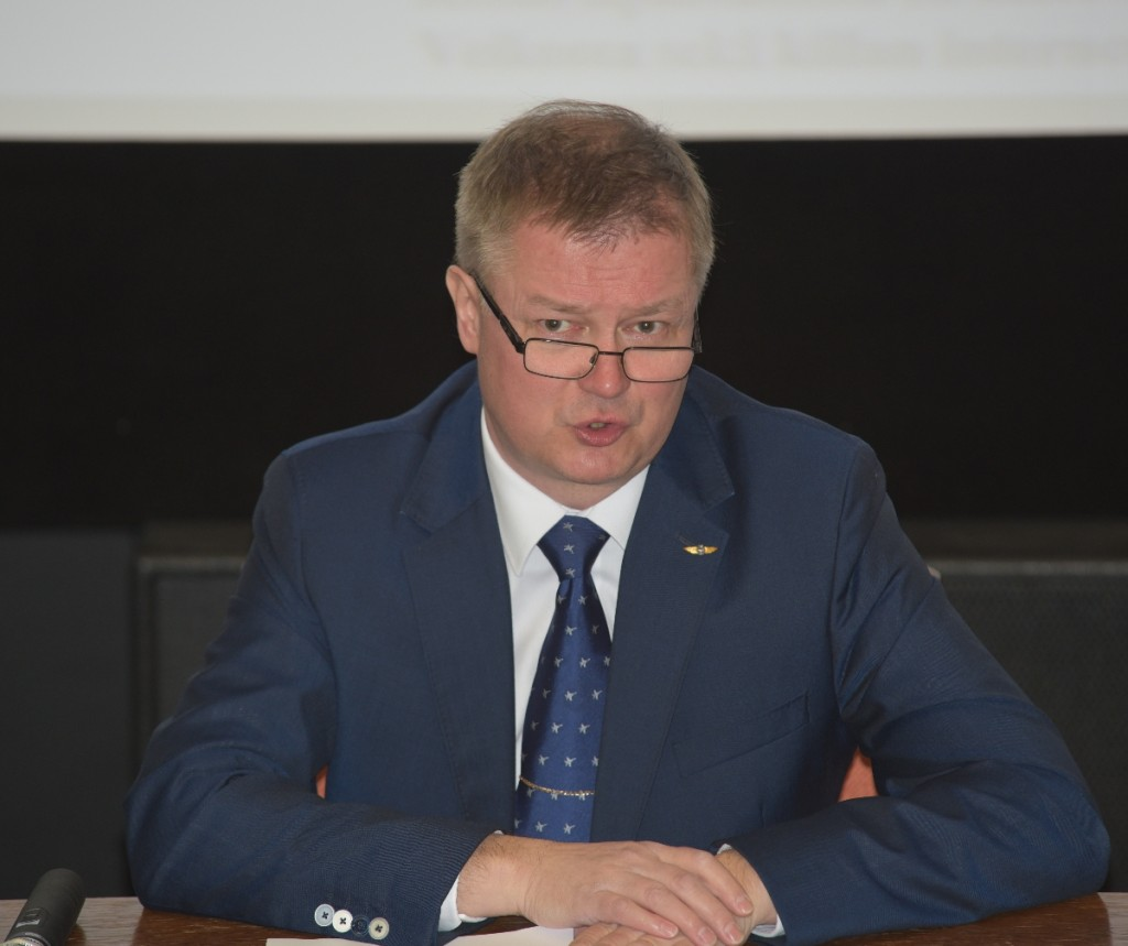PJ Kari Janhunen